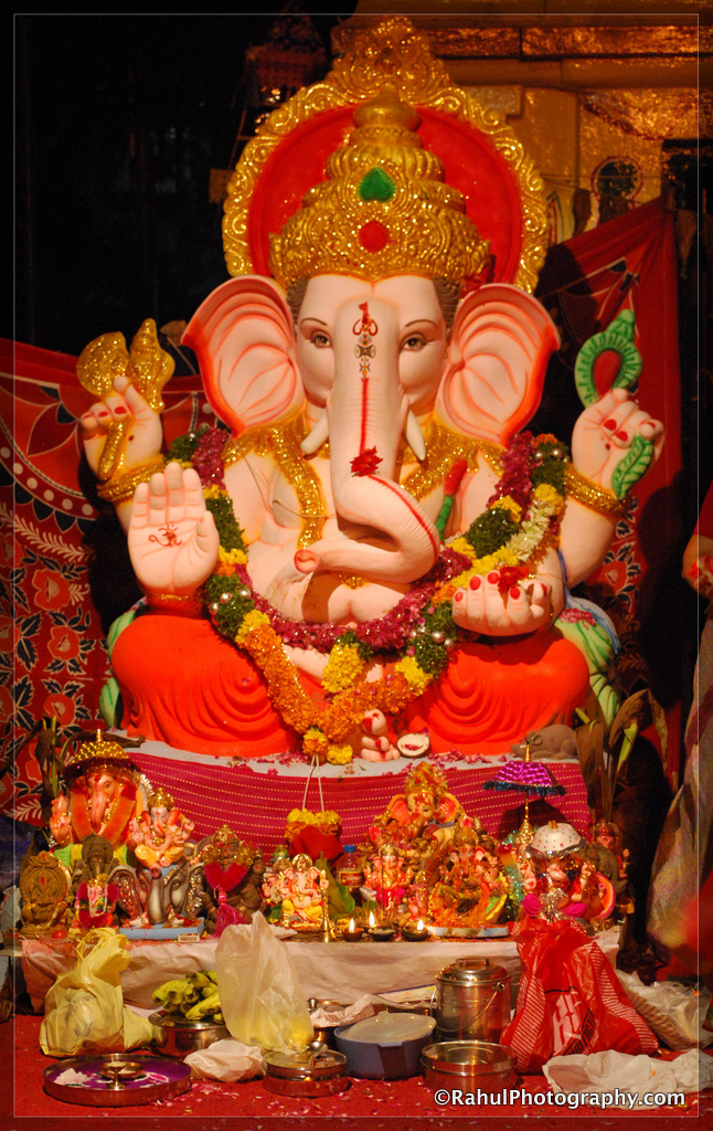 Ganesh Immersion in Hyderabad: A Photo Set